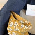 Protège carnet de santé esprit graphique personnalisable en lin et coton imprimé origami